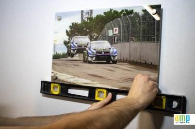 Finaliser la mise à niveau de l'acrylique avec les stand off