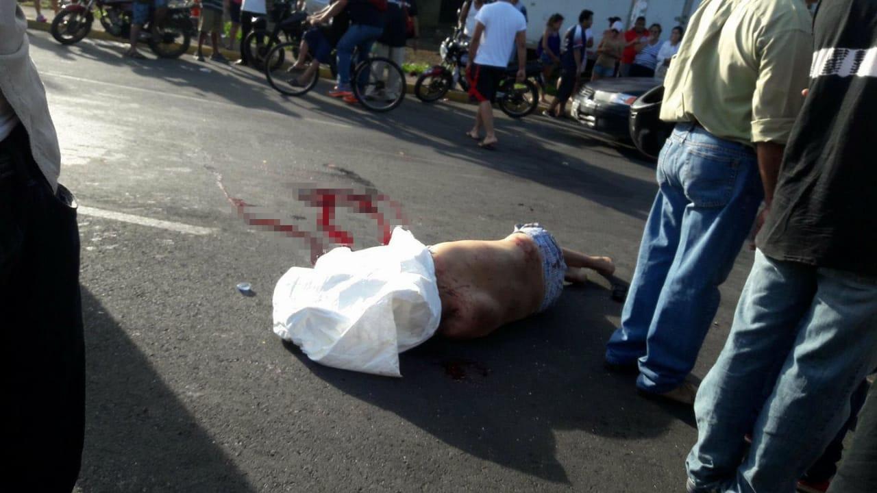 Sacerdote relata cómo una policía ejecutó a un manifestante en Nicaragua
