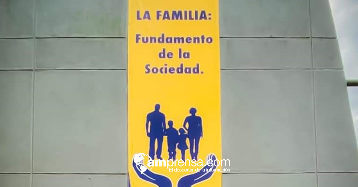 "Municipalidad de San José acepta carroza de la UACA alusiva a la ""familia"" - amprensa.com"