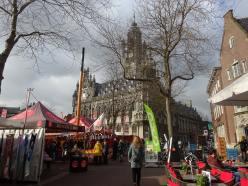 Middelburg, Provincia Zeeland, al sur de Holanda con un mercado donde hay piñas que no son orgánicas. Foto: Mario Montenegro