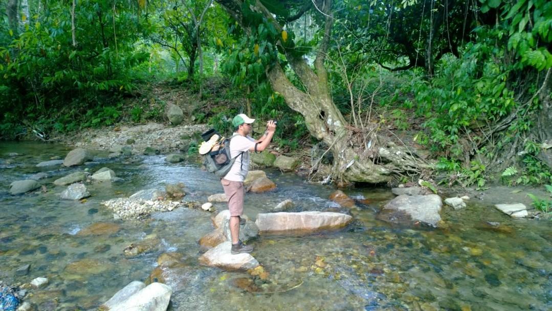 Recorridos de campo por parte del Biólogo del Departamento Municipal Ambiental (DMA/MPC) Walter E. Orellana durante los procesos de Investigación Científica en los ecosistemas especiales del municipio de Puerto Cortes.