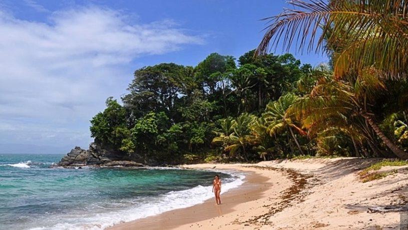 punta-sal-nice-beach-815x459