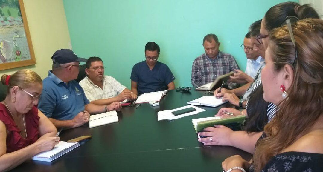 Planificando operativo para eliminar el mosquito del Dengue en comunidades y barrios.