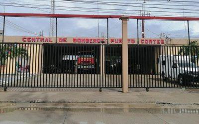 Acércate a nuestro Centro de Acopio en la Central de Bomberos.