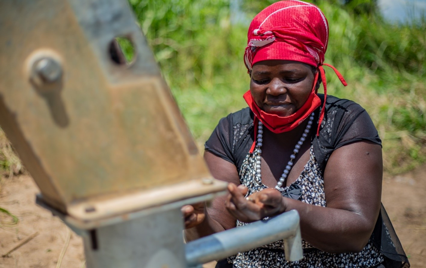 Cathlyne is 42 years, a single mother of 4 children (2 boys and 2 girls) she's a Pump Mechanic from Lamogi Sub County trained by Amref Health Africa