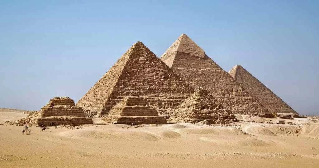 Pyramiden Tour ab Makadi