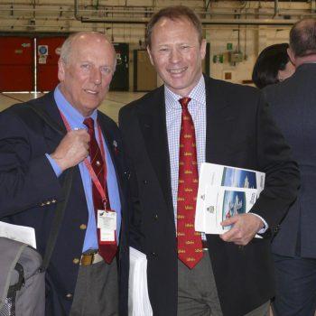 Gérard FAUX avec l'ex Wing commander CHALMERS