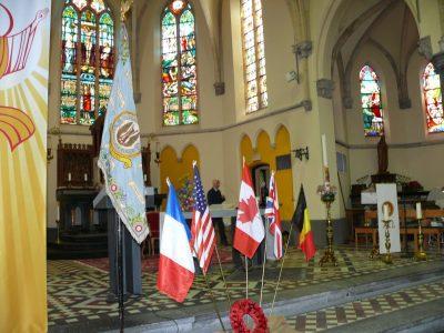 L'ancien drapeau du XV Sqd était présenté