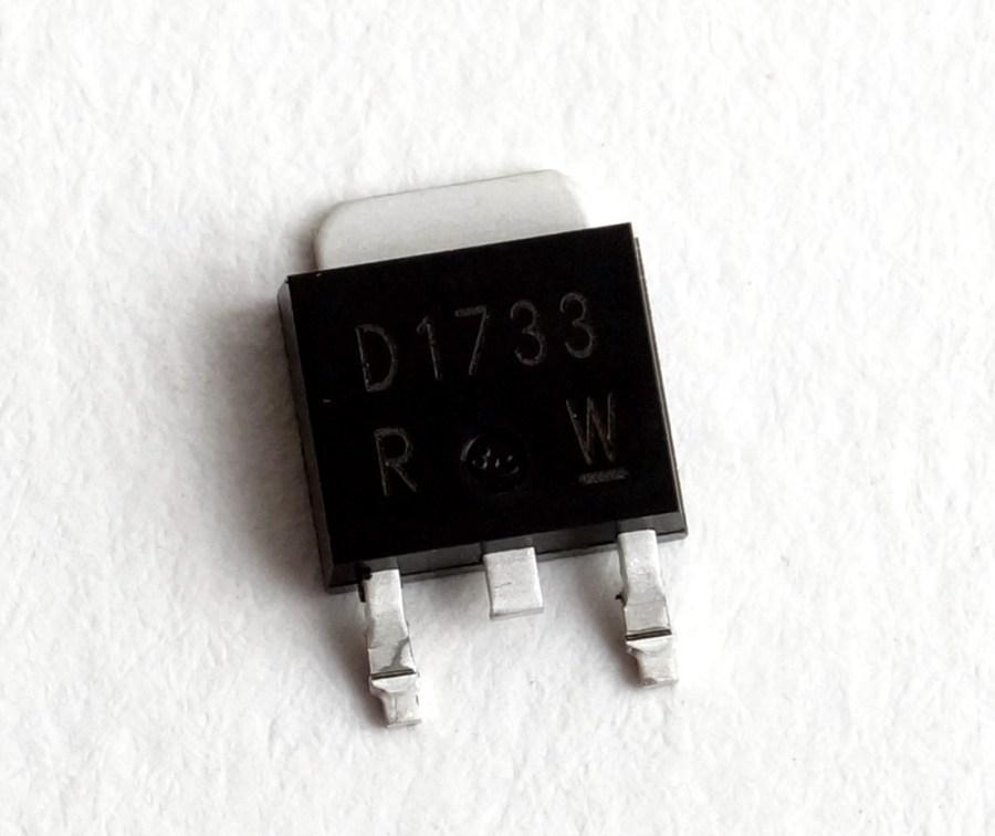 Transistor 2SD1733TL pour console 01V96 YAMAHA ref VU38430R