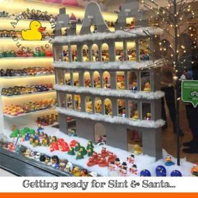 Sint santa Amsterdam Duck Store