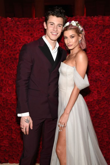 NEW YORK, NY - MAY 07:  Shawn Mendes and Hailey Baldwin attend the Heavenly Bodies: Fashion & The Catholic Imagination Costume Institute Gala at The Metropolitan Museum of Art on May 7, 2018 in New York City.  (Photo by Kevin Mazur/MG18/Getty Images for The Met Museum/Vogue)