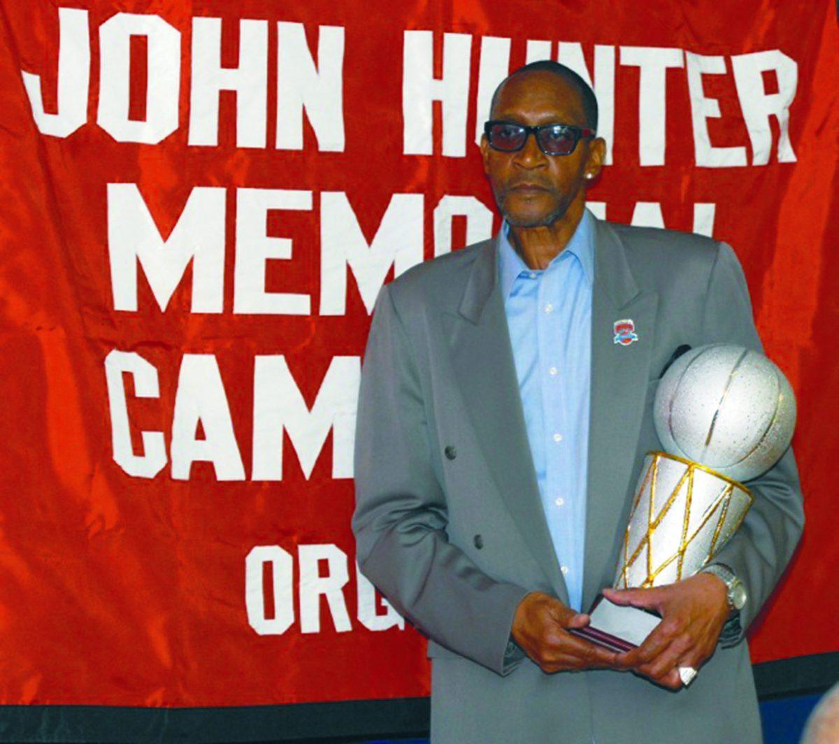 Former Knick Wingo Hawthorne Wingo is now a Bob Douglas Hall of Famer. (76750)