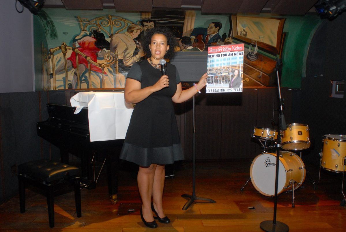 Elinor Tatum hosted a luncheon honoring 20 New Yorkers. (91639)