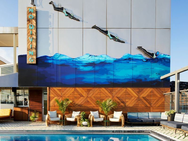 The rooftop pool at the Gansevoort (307910)