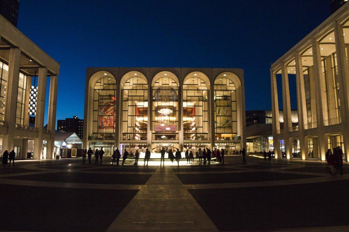 Metropolitan Opera House (308596)