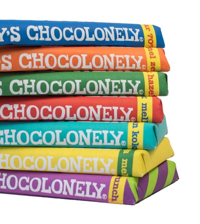 tonys-chocolonely-smiling-mango-stack