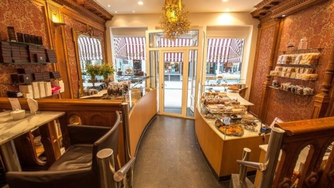 Interior of Cafe Pompadour, one of the best cafe's in Amsterdam's Nine Little Streets