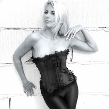 Anne Marie Bush posing