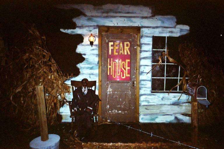 Fearhouse image 1 [Roy J. Brashears]