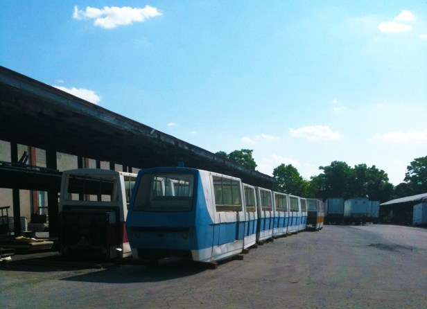 Metro Monorail Trains (storage) 001