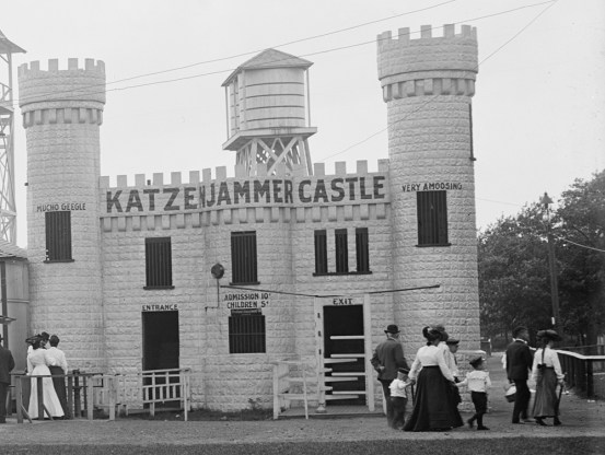 Katzenjammer Castle example