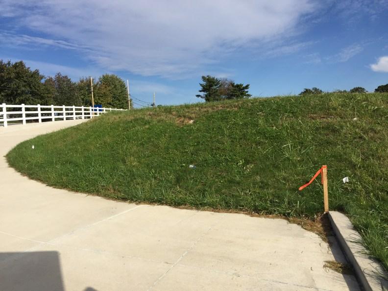 2018-10-22 Fence Marker 006