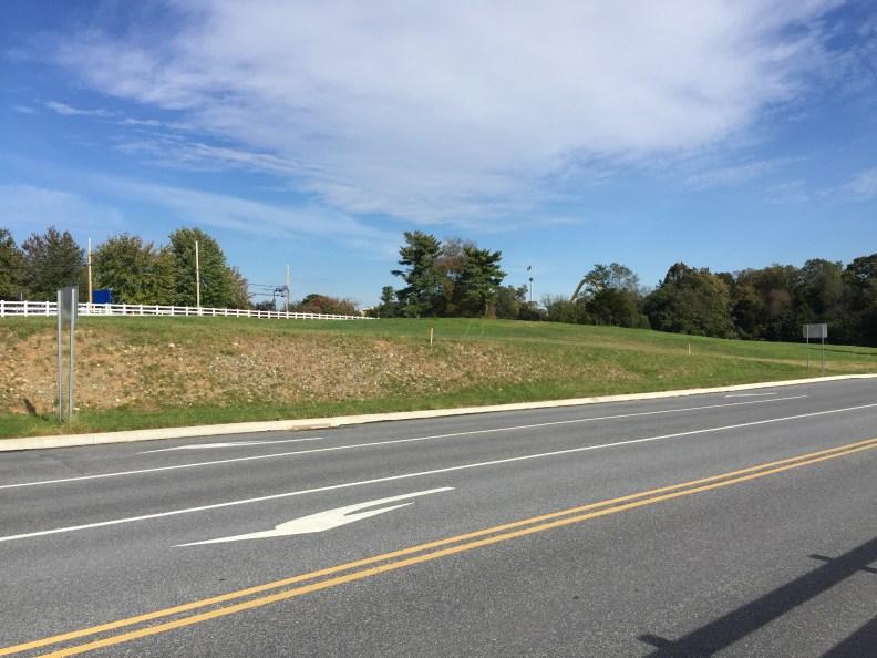 2018-10-22 Fence Marker 013