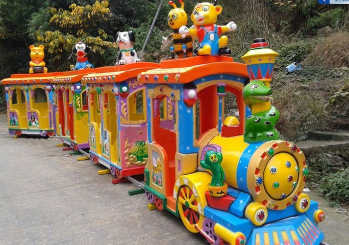 Get The Right Amusement Park Trains For Kids Premium Amusement Park Funfair Ground Rides