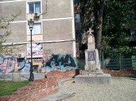 A mixture of religious monuments and communist blocks of flat is a common view in Bucharest.