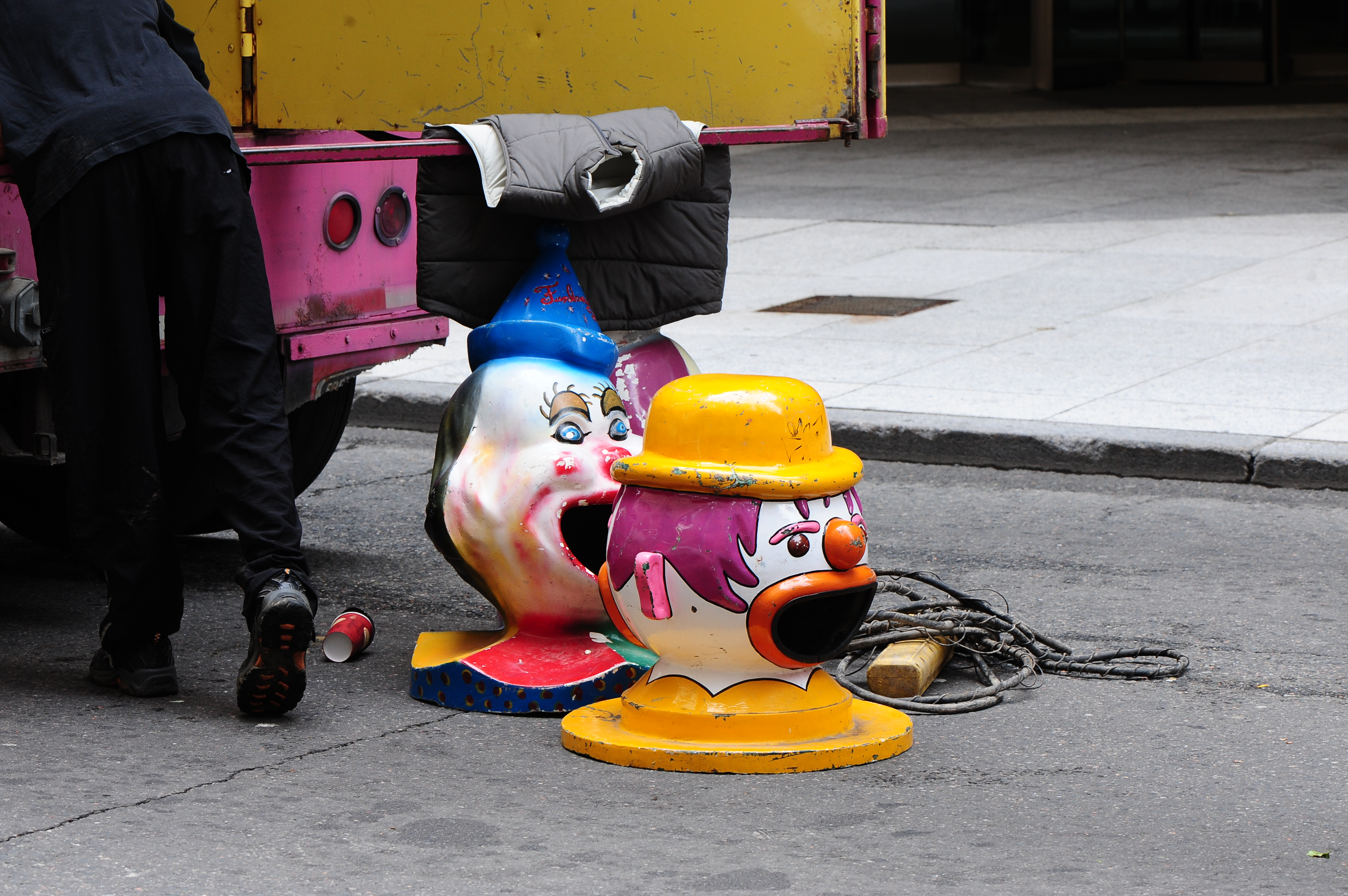 wild ride clown head