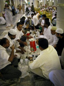 A Muslima living around the corner from Mekkah - My Ramadan Diary. iftar in harom