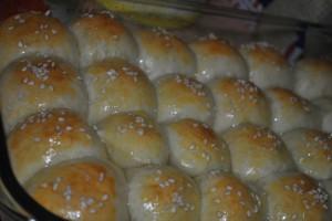 Abu Zubneh  Abu Zubneh (Cheese Bun)...from Muslimah Kitchen abu zubneh jilbab 001