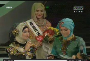 The World Muslimah event 2013   The Essence of Communication Propagation, Muslimah World behind the Screen wmf3