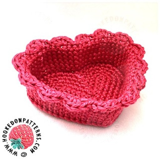 Have a Heart, Give a Heart Free Crochet Patterns | 509x511