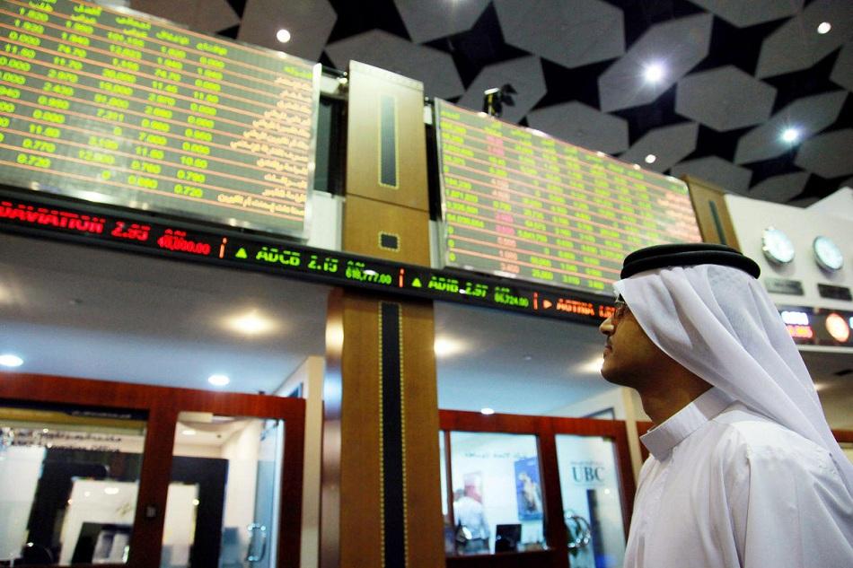 البنوك تقود الأسهم السعودية للصعود .. وبورصة قطر تتراجع 0.3%