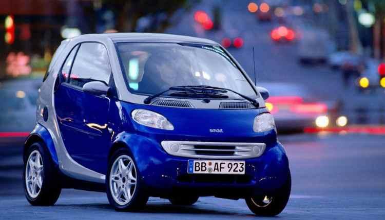 سيارت كهربائية