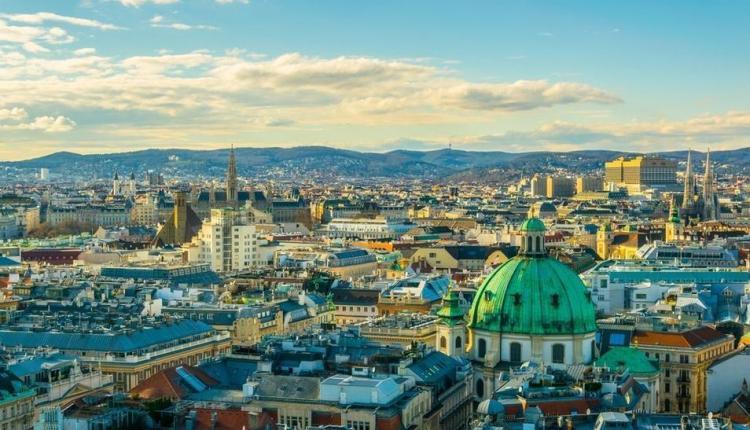 النمسا تعلن غلق البلاد بسبب كورونا