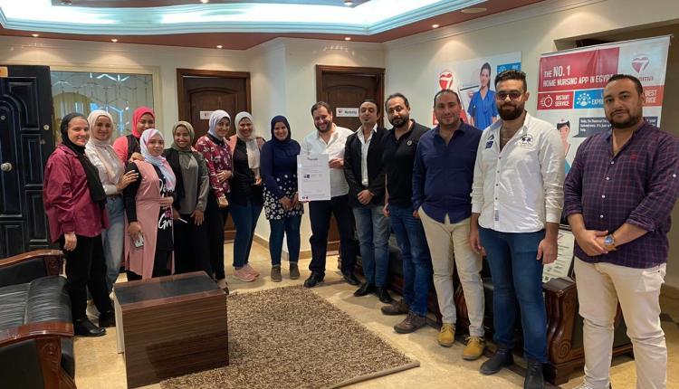 الفريق المصري الفائز في تحدى اورنج