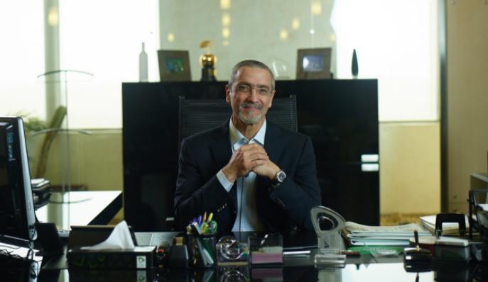 المهندس جمال السادات، رئيس مجلس إدارة شركة اتصالات مصر،