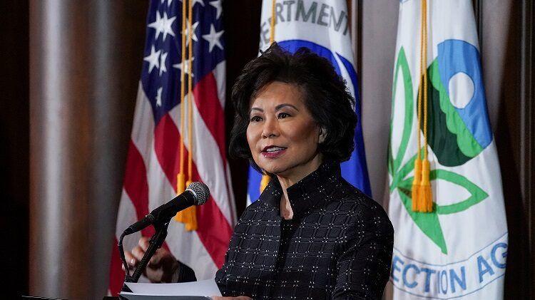 إيلين تشاو وزيرة النقل