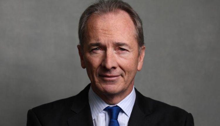 جيمس جورمان المدير التنفيذي لبنك مورجان ستانلي
