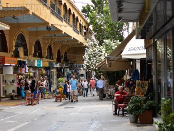 2017-06-11-Greece-Day-5-Athens-streetview2
