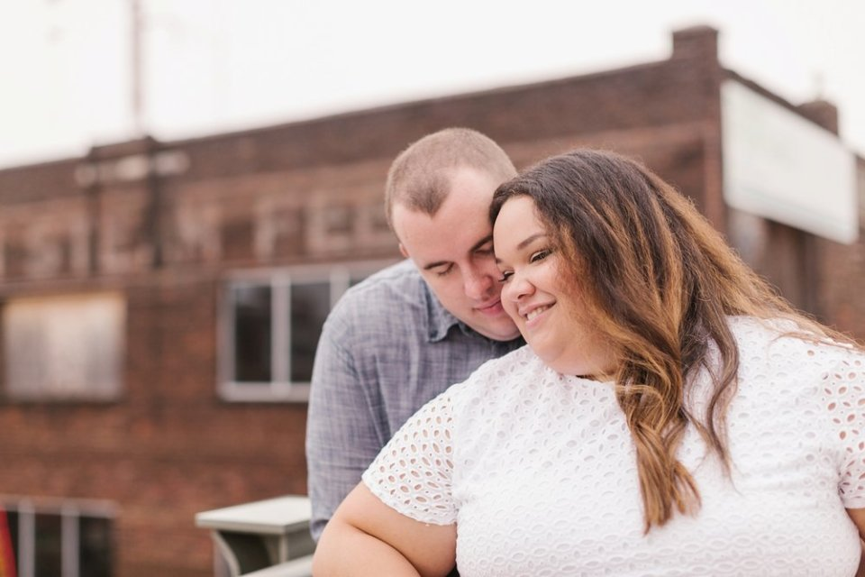 Broadway Sunrise Anniversary Session | Amy Allmand photography