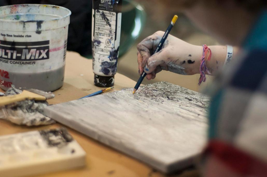 artist working photo