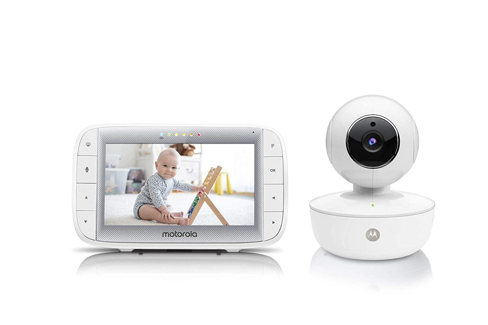 """Motorola Video Baby Monitor MBP36XL 5"""" Color Parent Unit, Remote Pan/Tilt/Zoom, Portable Rechargeable Camera, Two-Way Audio, Night Vision, 5 Lullabies"""