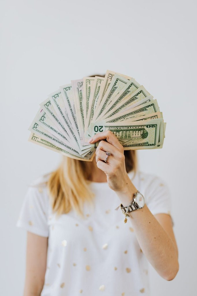 Tips to Manage Money as New Mom