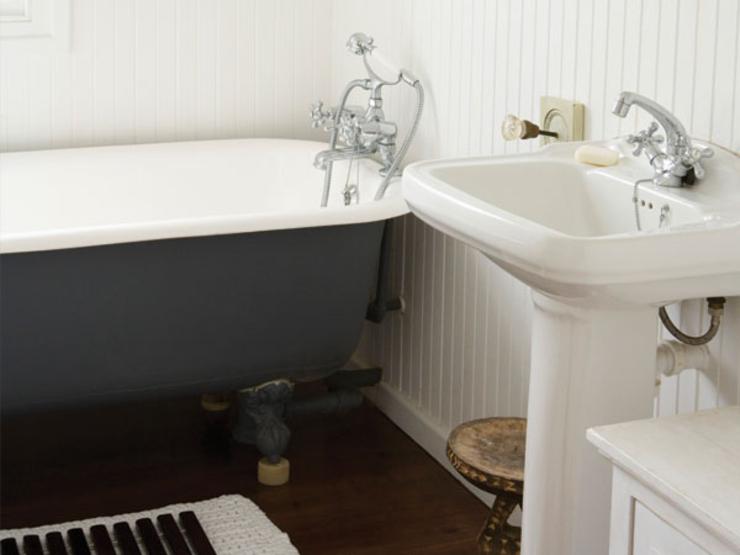 9-bathroom-TS-80448045