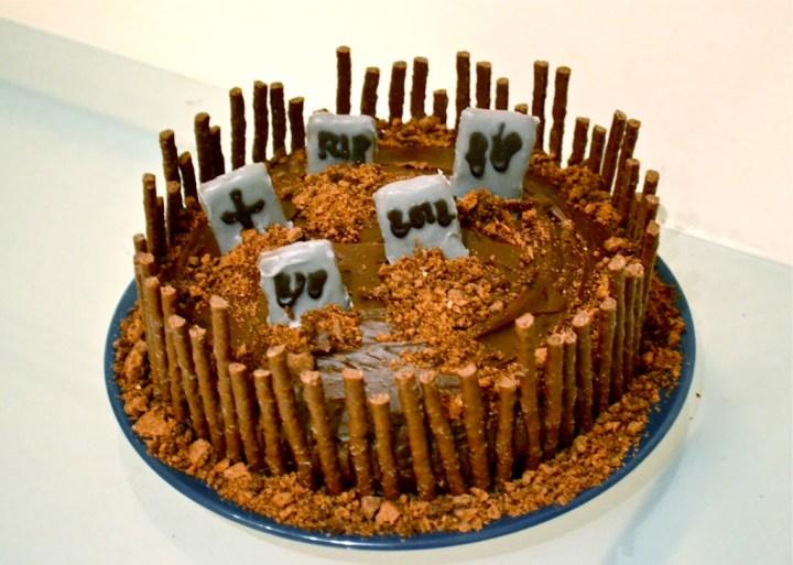graveyard cake