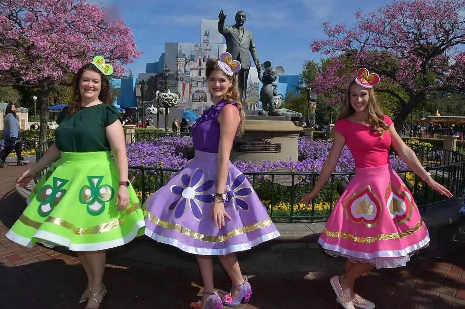Feeling fancy at Disneyland Dapper Day! Dressed up in our Alice in Wonderland teacup finest!