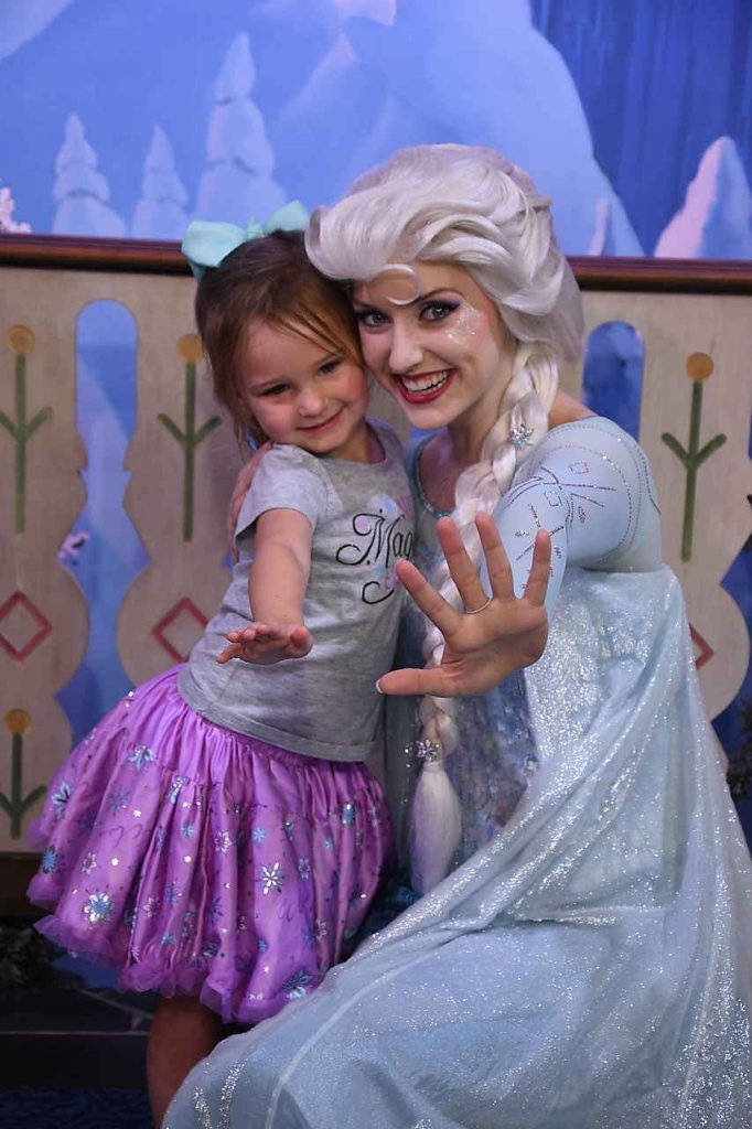Chloe and Elsa showing off their ice powers at Disney's Ecpot!